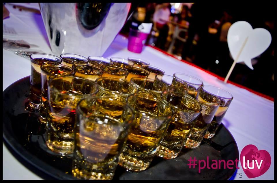 PlanetLuv-Hook up at Hard Rock Casino